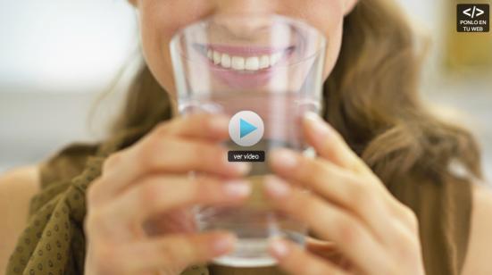 El agua engorda o adelgaza